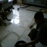 瓷砖修理工人