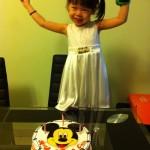 Chloe与生日蛋糕